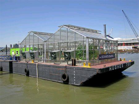 太陽光利用のハウス型と閉鎖型の植物工場の開発へ。造船用に揺れる船内でも水耕栽培が可能(佐世保重工業)