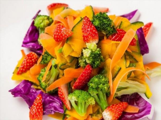 東京・上野『大地の贈り物』にて「あまおう祭り」開催、生での食べ放題、天ぷら・サラダまで提供