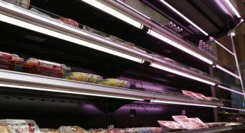 スーパーなどのショーケース棚にLED導入、蛍光灯対比86%の消費電力を削減