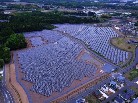 Looop、ドローンによる太陽光パネルの赤外線調査・点検を実施