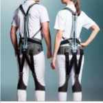 ユーピーアール、腰や身体への負担を軽減する2万円台のアシストスーツを開発